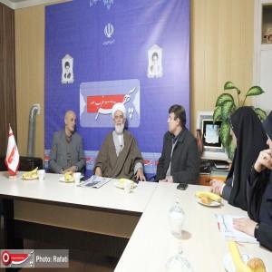 حضور آیت الله طه محمدی نماینده ولی فقیه در استان و امام جمعه همدان در دفتر روزنامه سپهرغرب